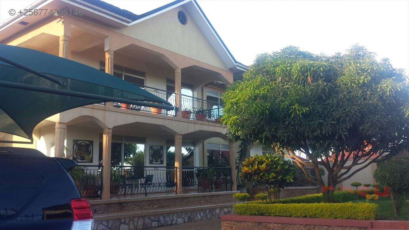 Mansion for sale in Namugongo Wakiso