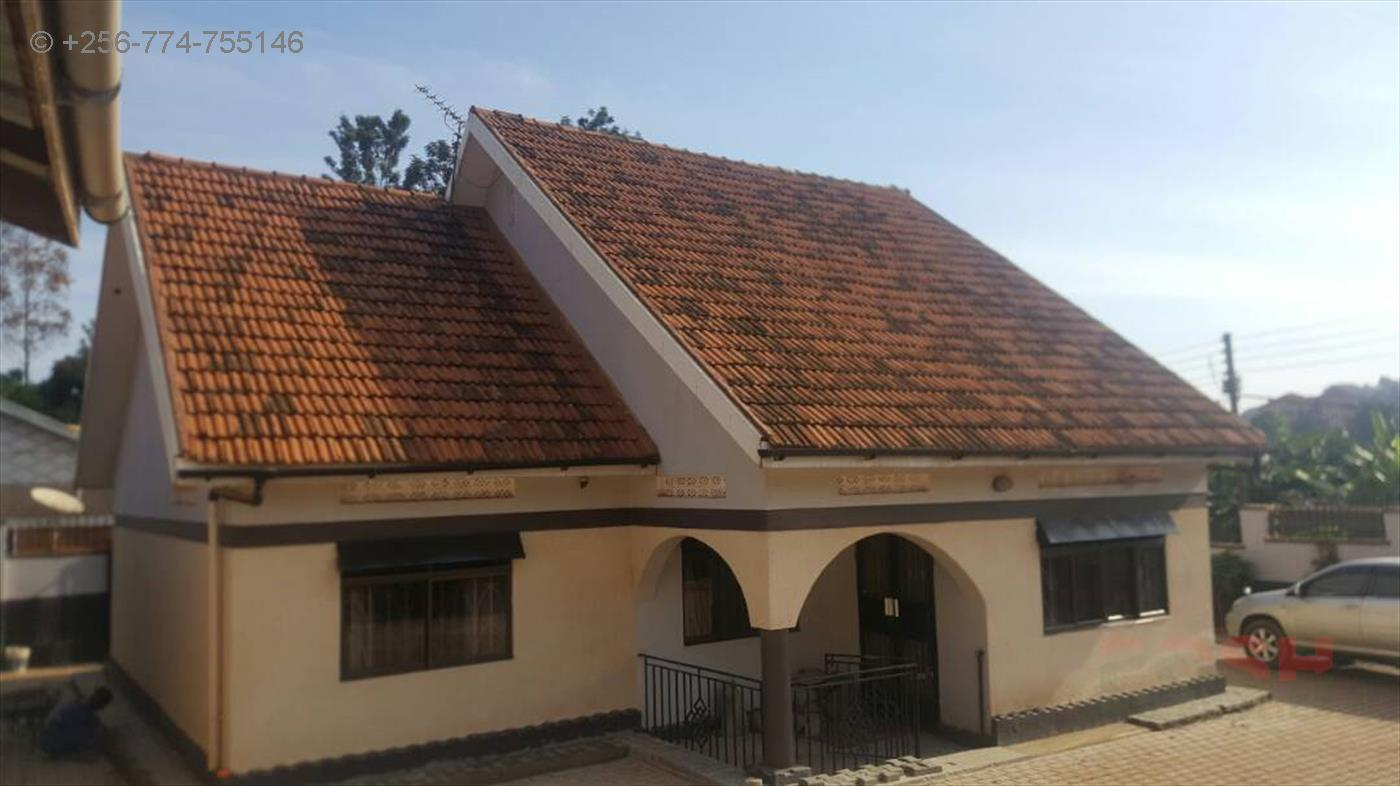 Bungalow for sale in Bukoto Kampala