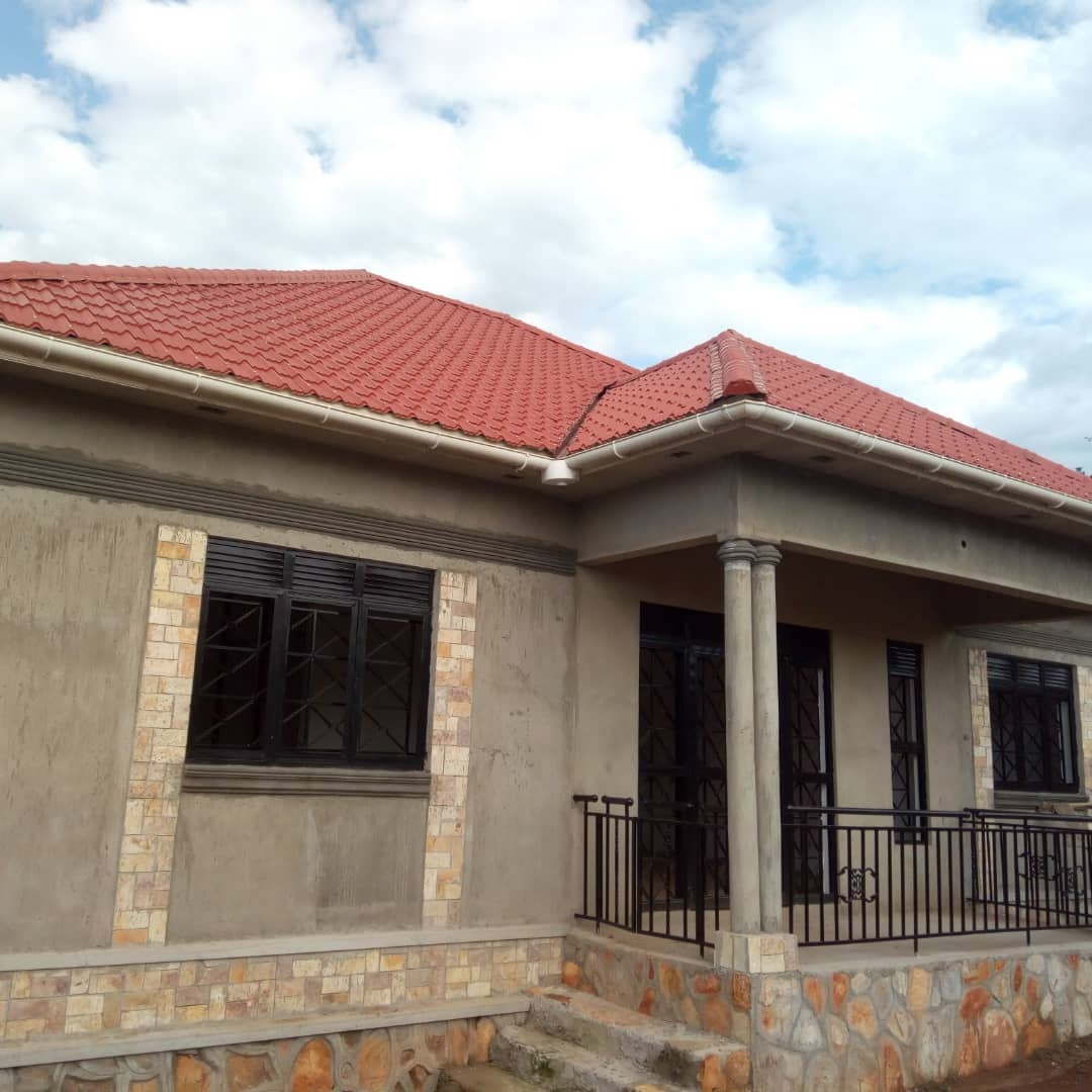 Bungalow for sale in Kiwumu Wakiso