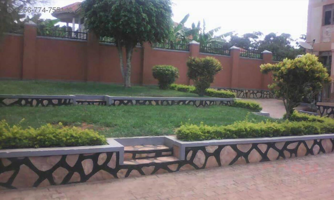 Mansion for sale in Namulanda Wakiso