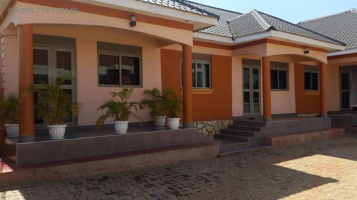 Semi Detached for sale in Zana Wakiso