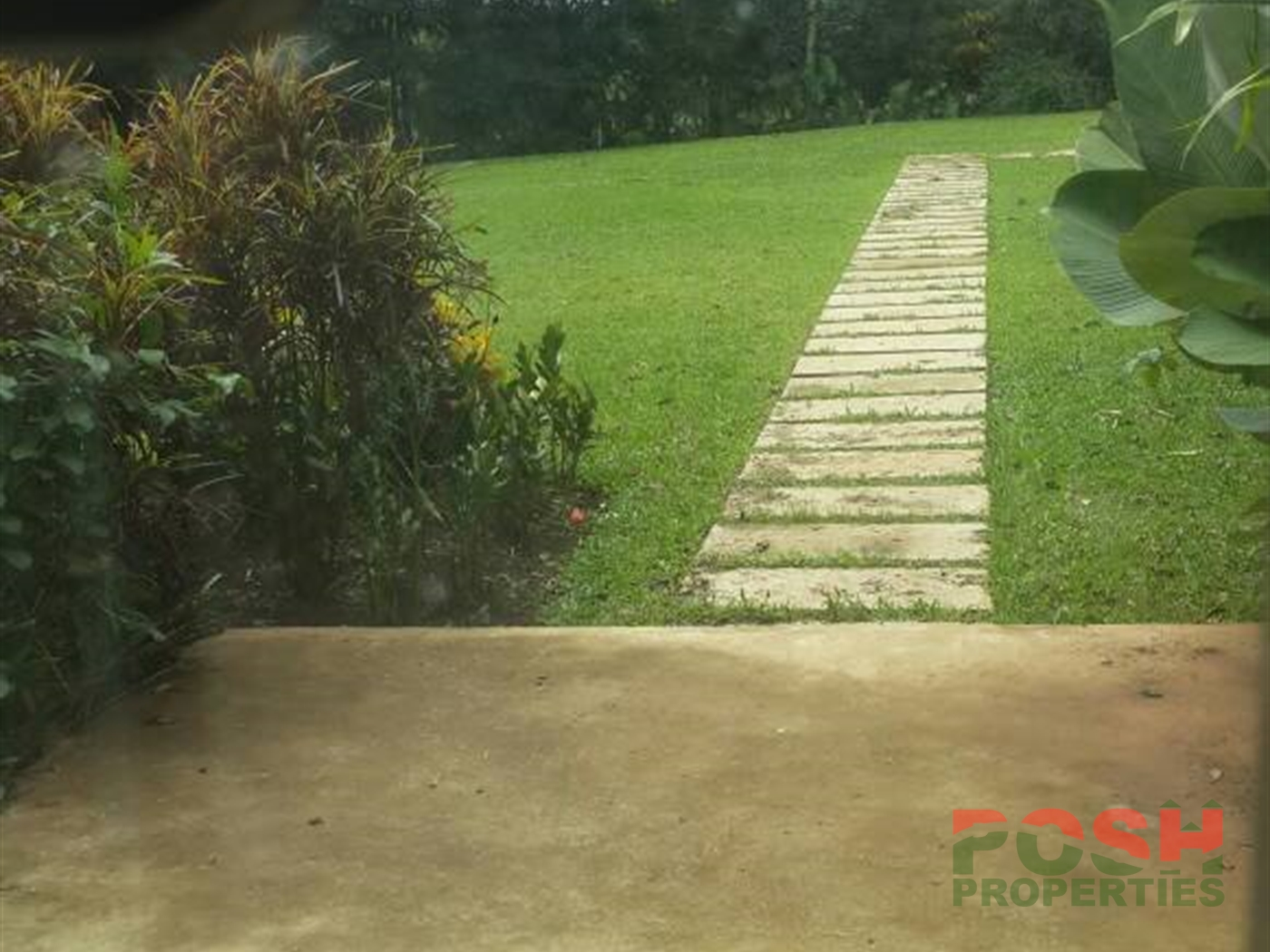 Mansion for sale in Nkumba Wakiso