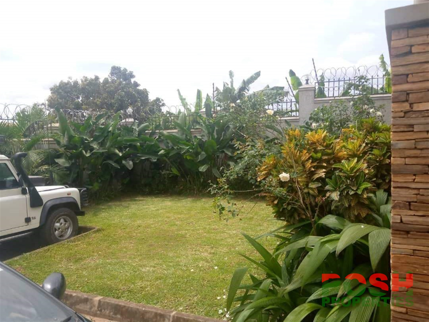 Mansion for sale in Kisasi Kampala