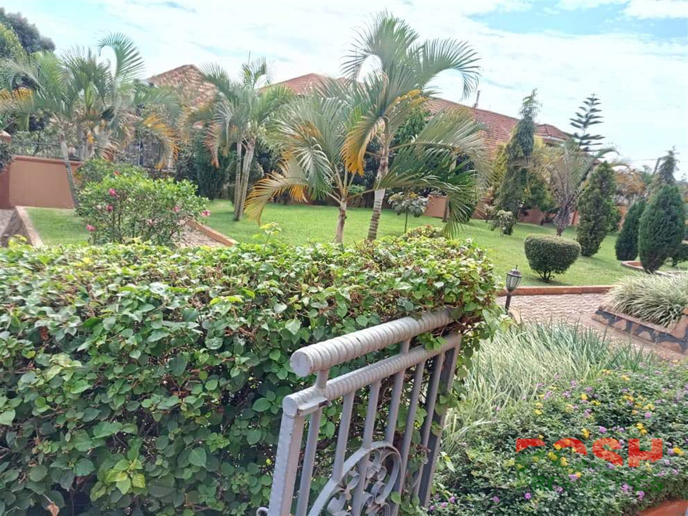 Mansion for sale in Kyengera Kampala