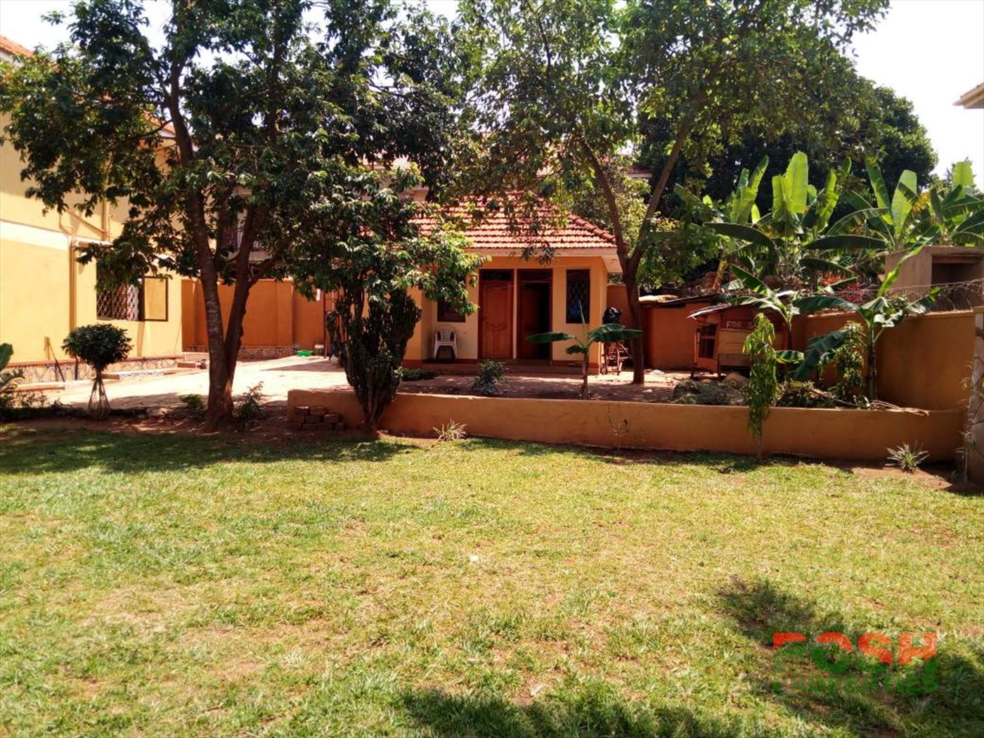 Mansion for sale in Kulambilo Wakiso