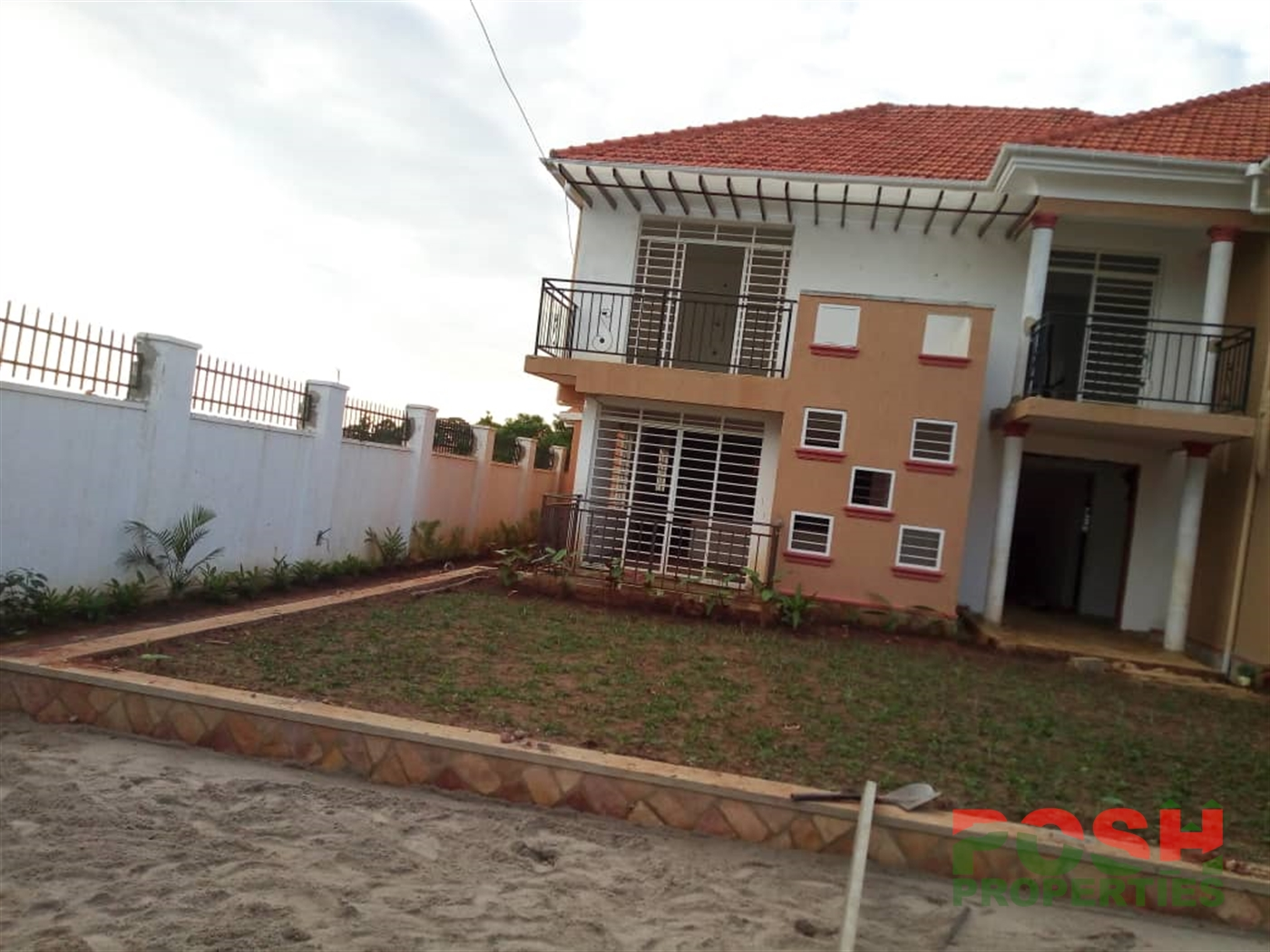 Mansion for sale in Munyonyo Wakiso