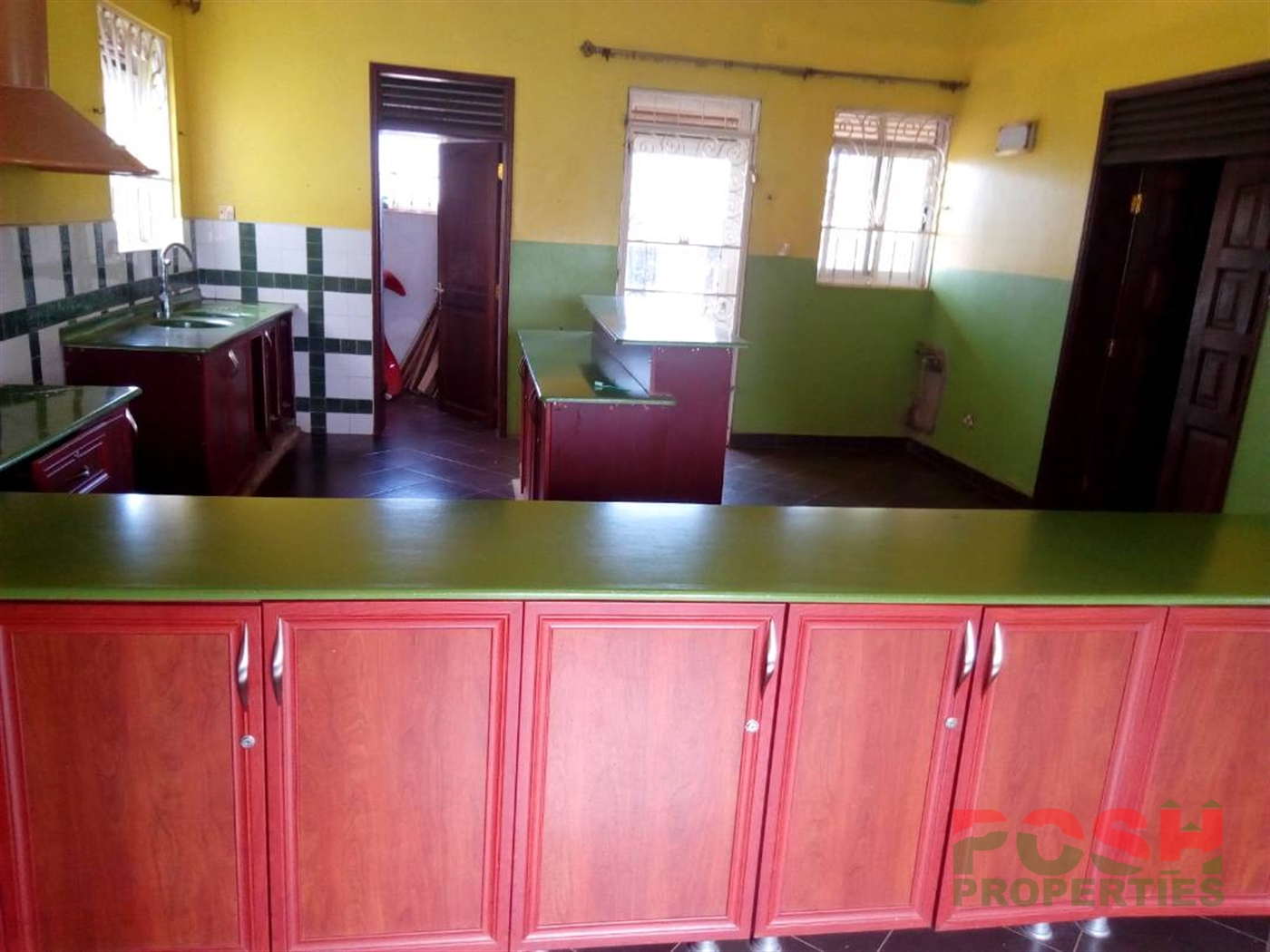 Mansion for sale in Lubowa Wakiso
