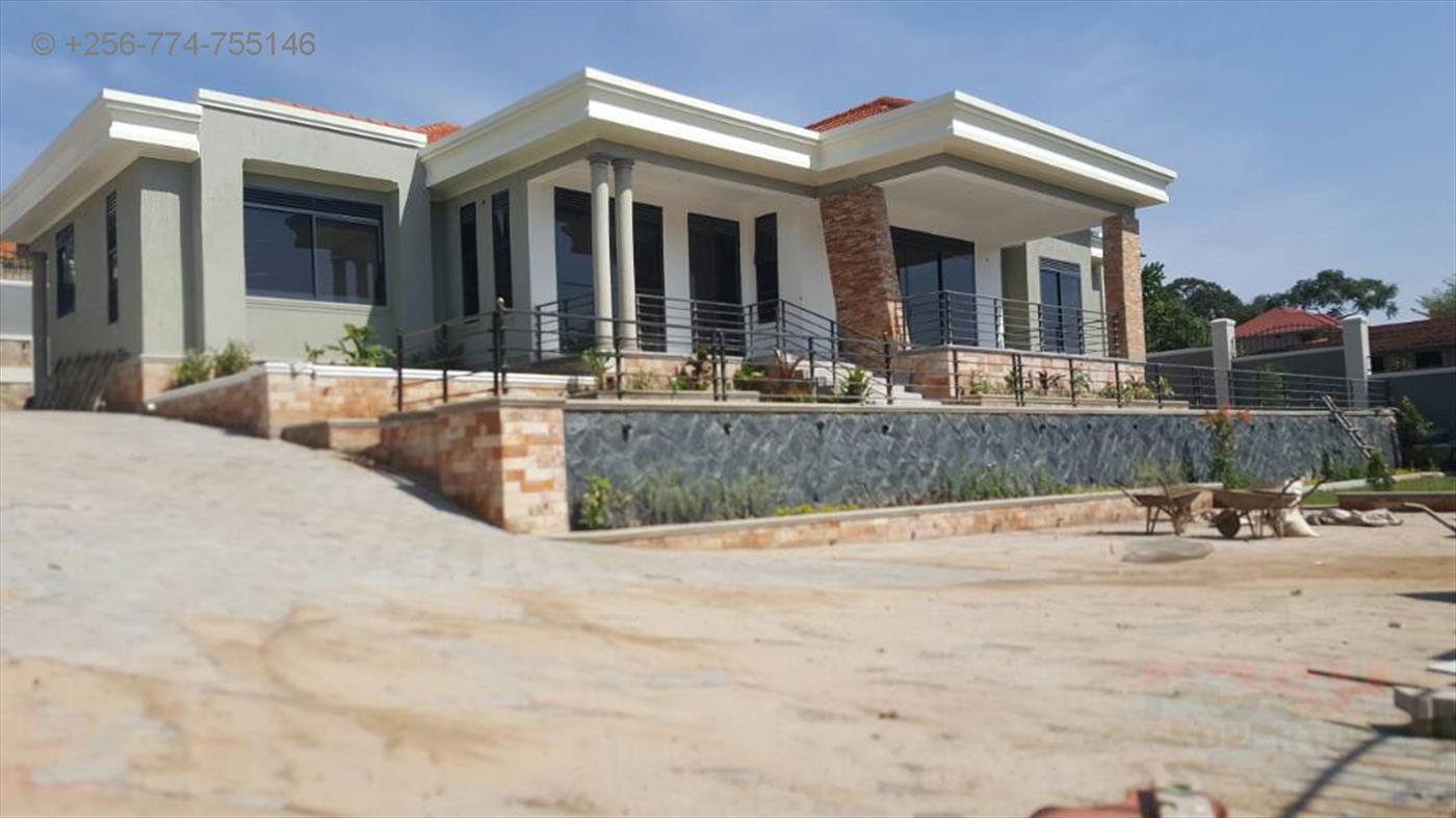 Bungalow for sale in Kiwatule Kampala