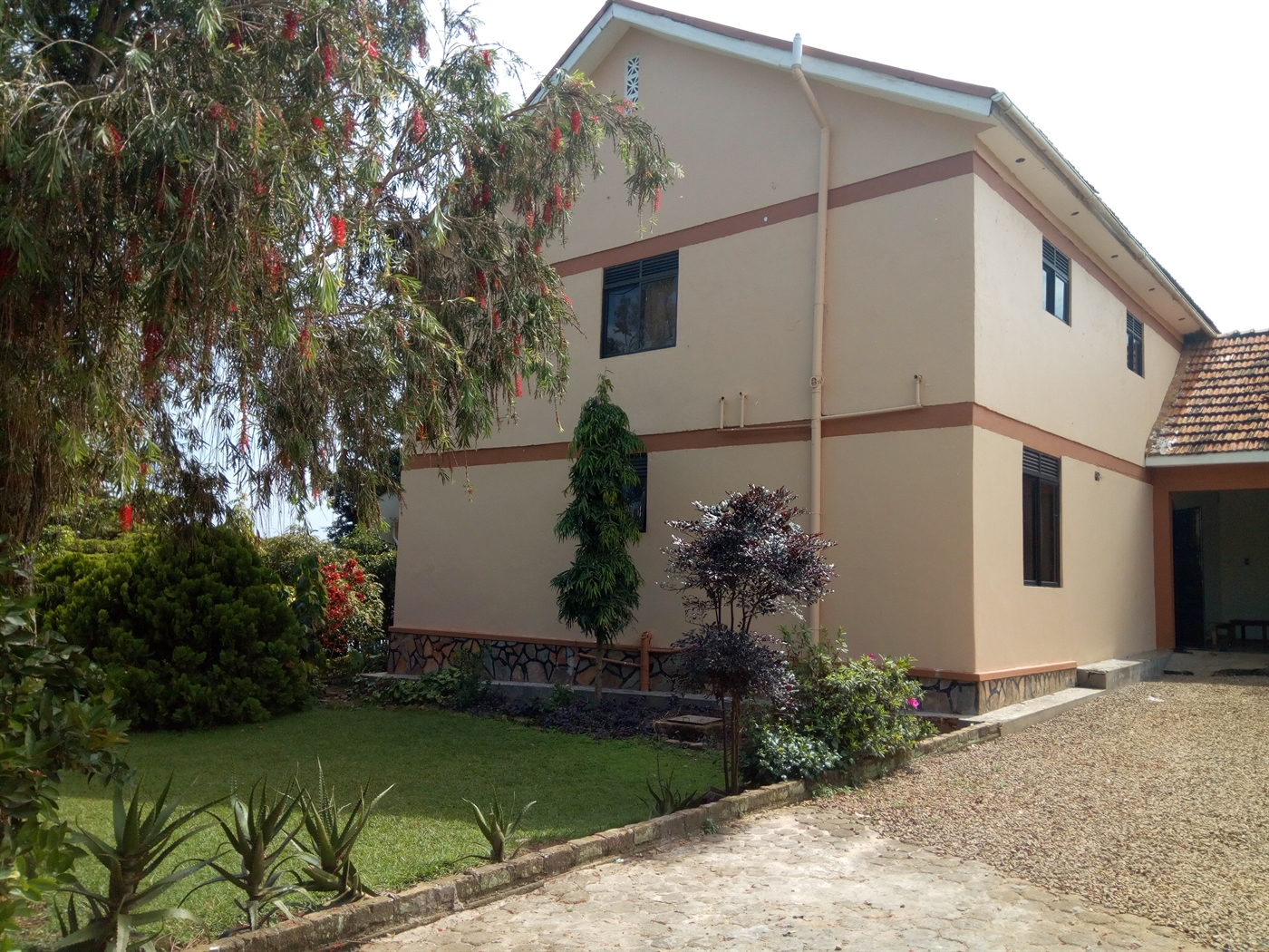 Maisonette for sale in Entebbe Wakiso