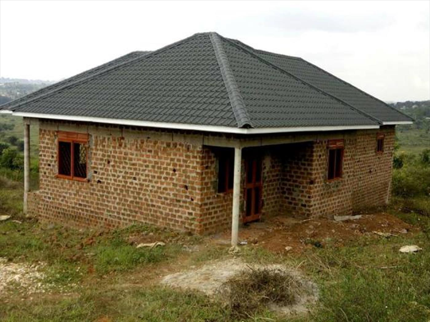 Bungalow for sale in Nsaggu Wakiso