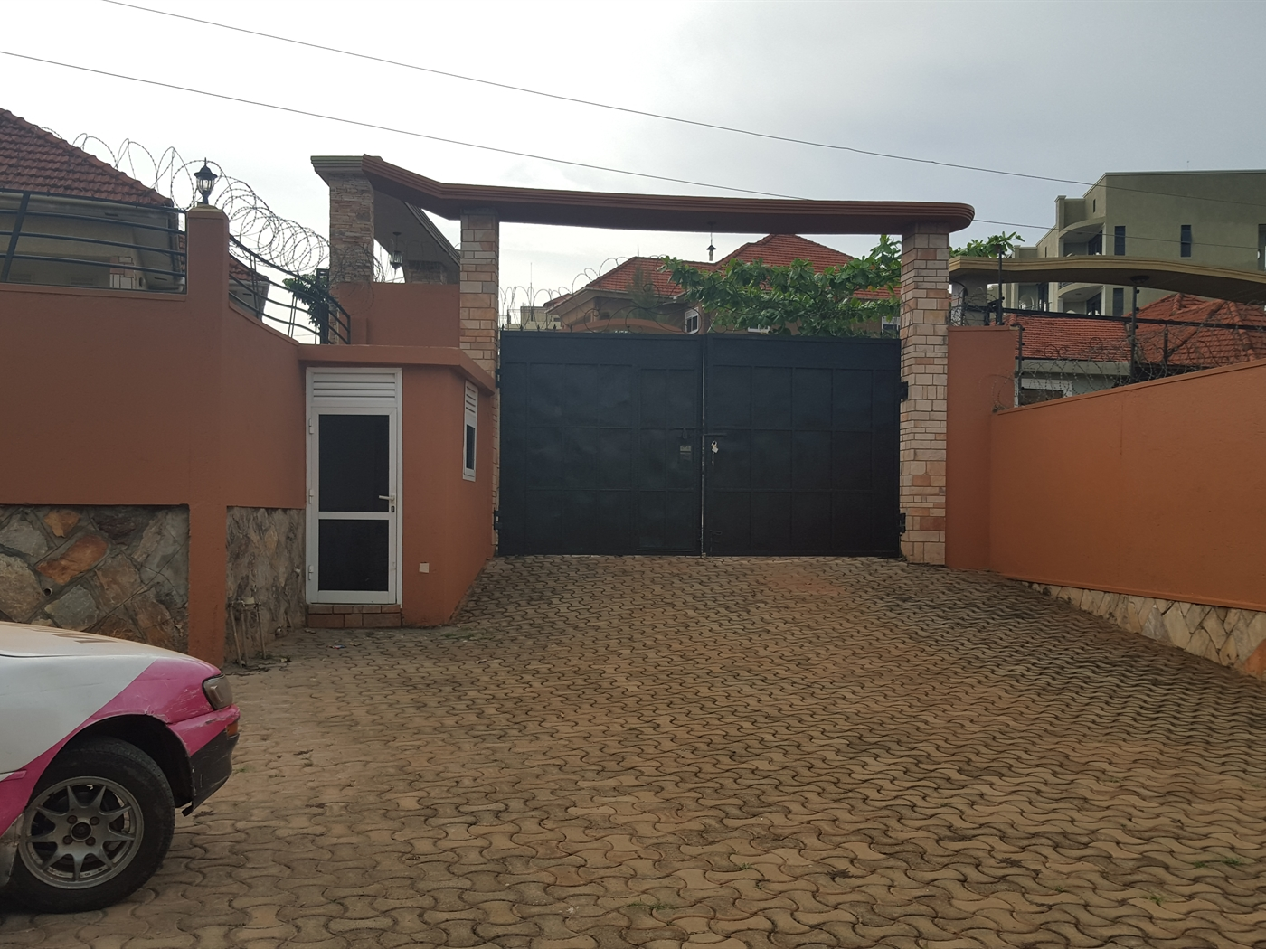 Bungalow for rent in Naalya Wakiso