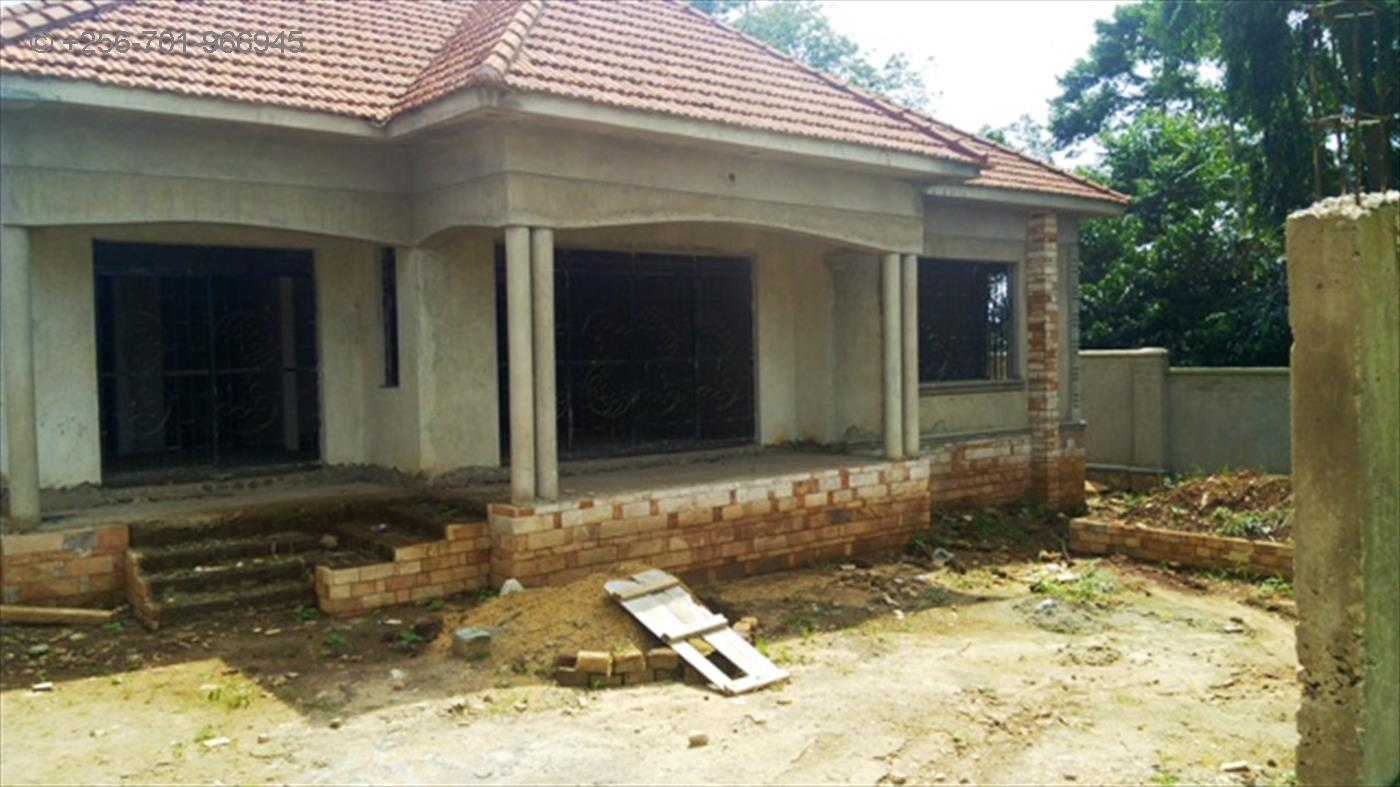 Bungalow for sale in Kira Mukono