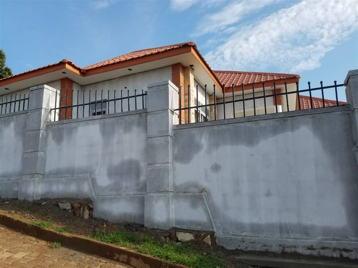 Bungalow for sale in Kittende Wakiso