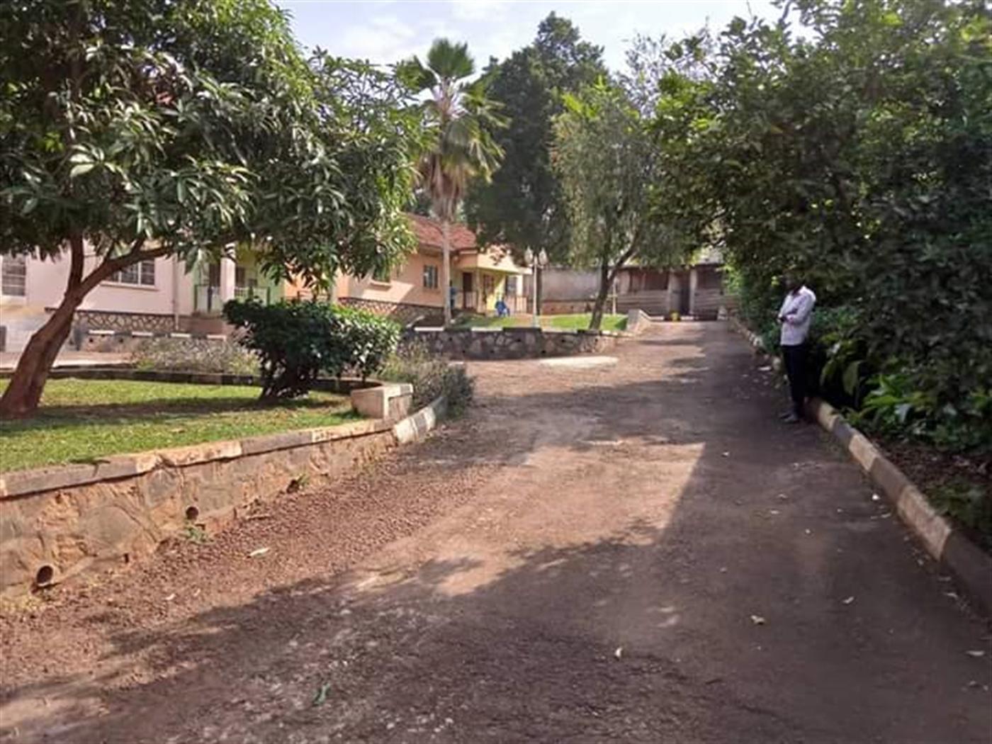 Bungalow for sale in Kiwempe Wakiso