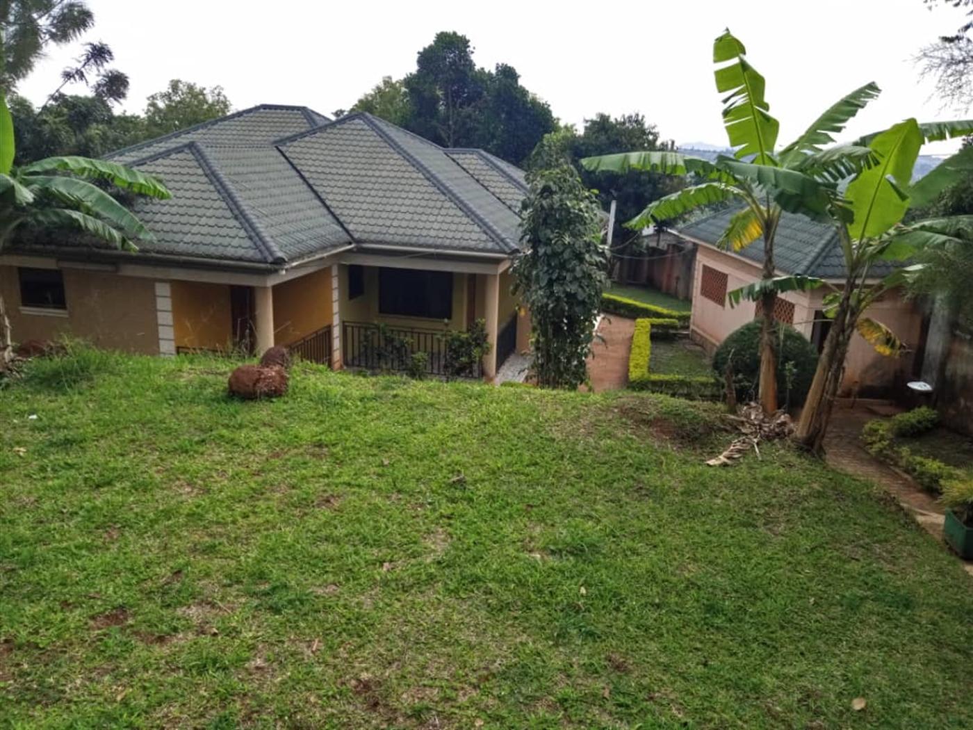 Bungalow for sale in Kirinya Luwero