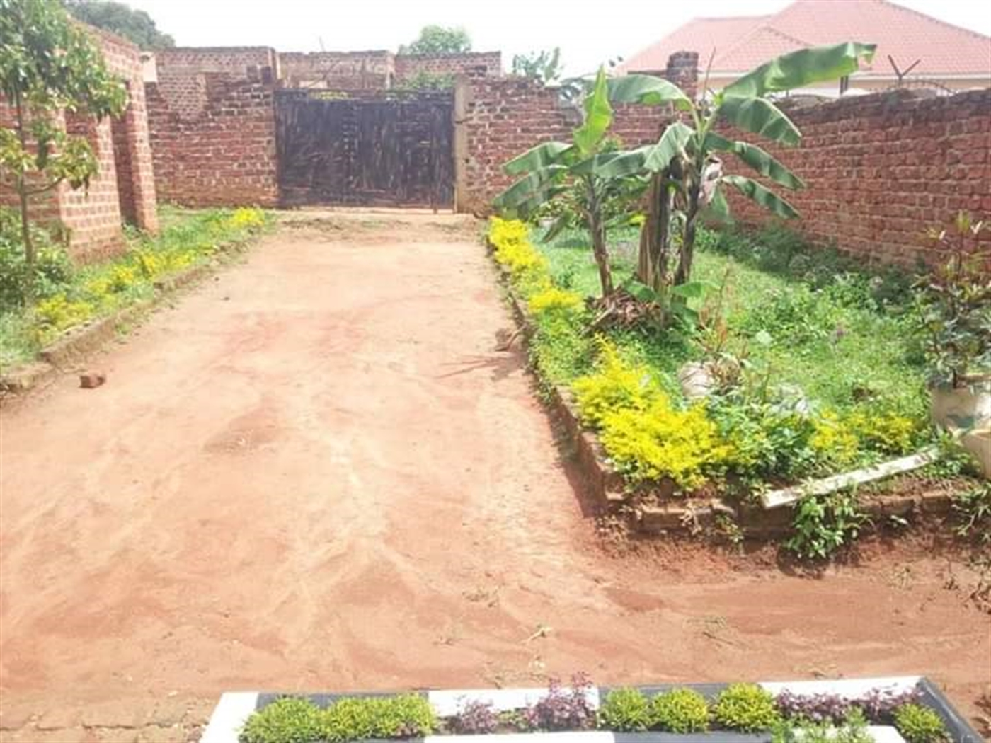 Bungalow for sale in Kivumbi Wakiso