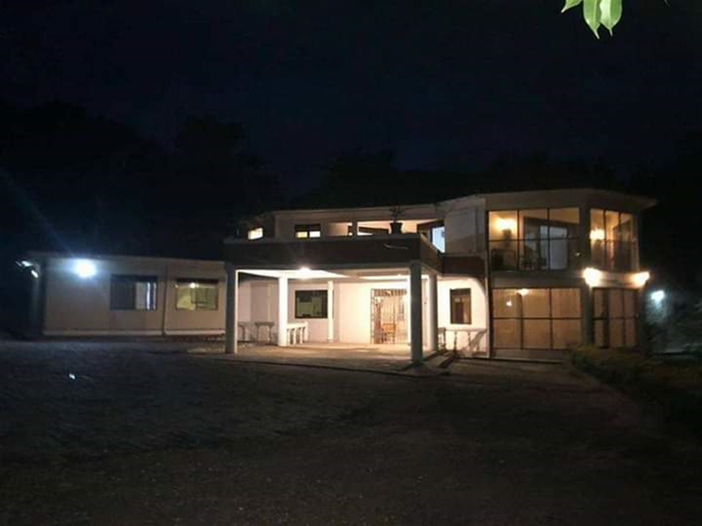 Mansion for sale in Gayaza Wakiso