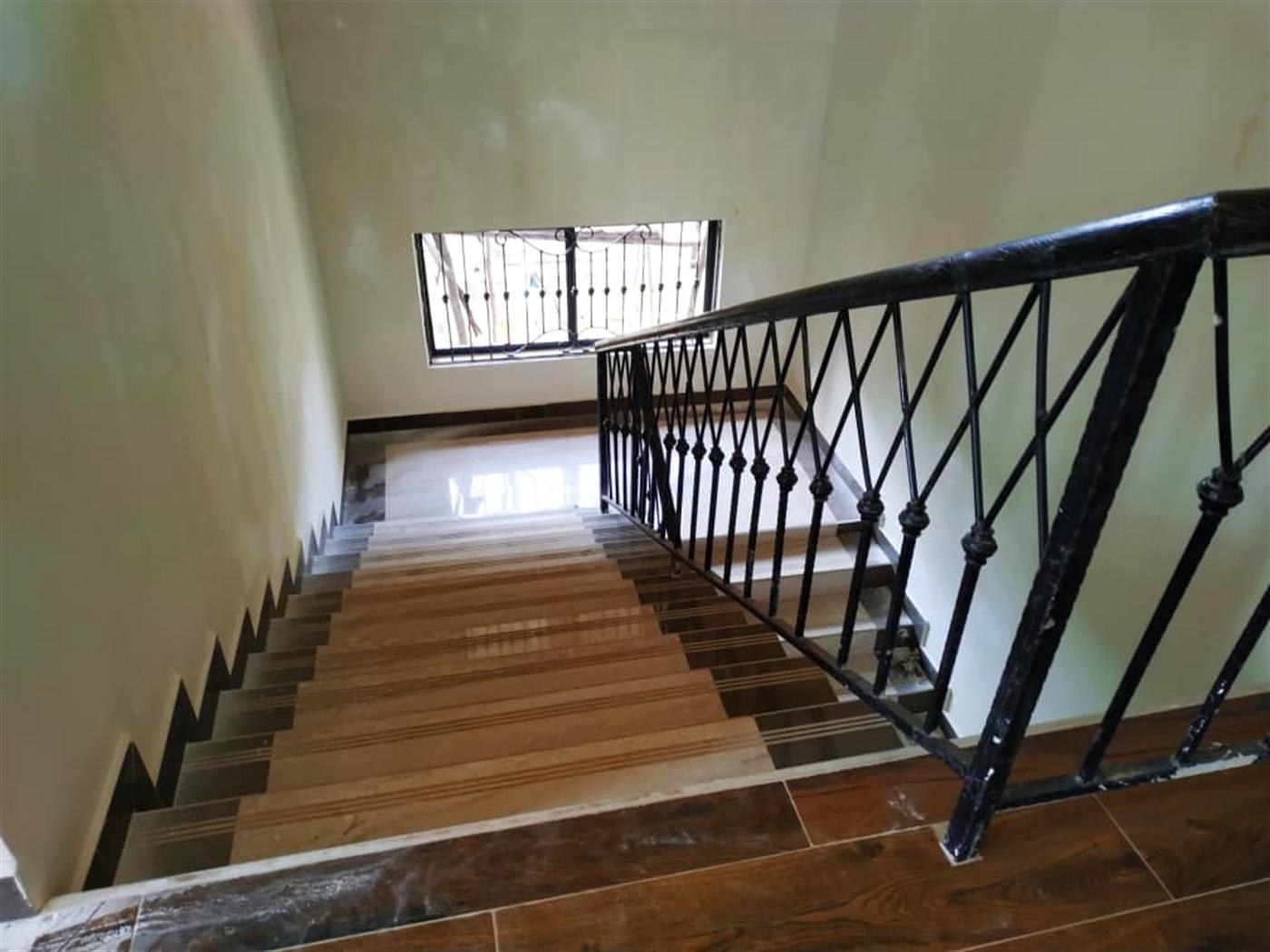 Mansion for sale in Kyanja Wakiso