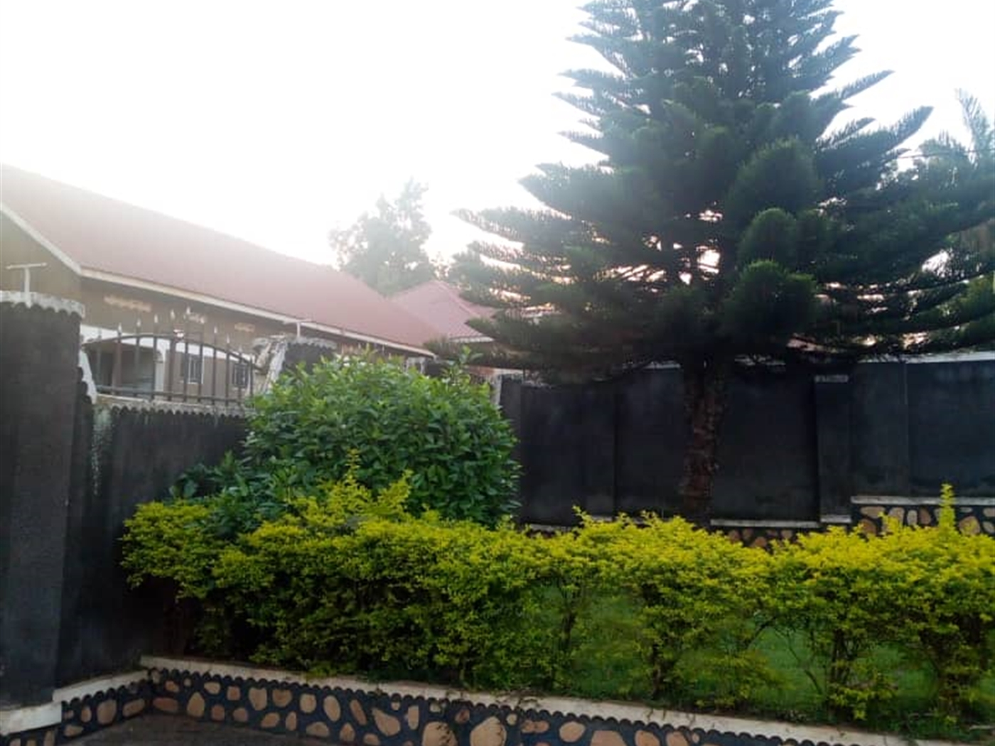Bungalow for rent in Nabweru Kampala