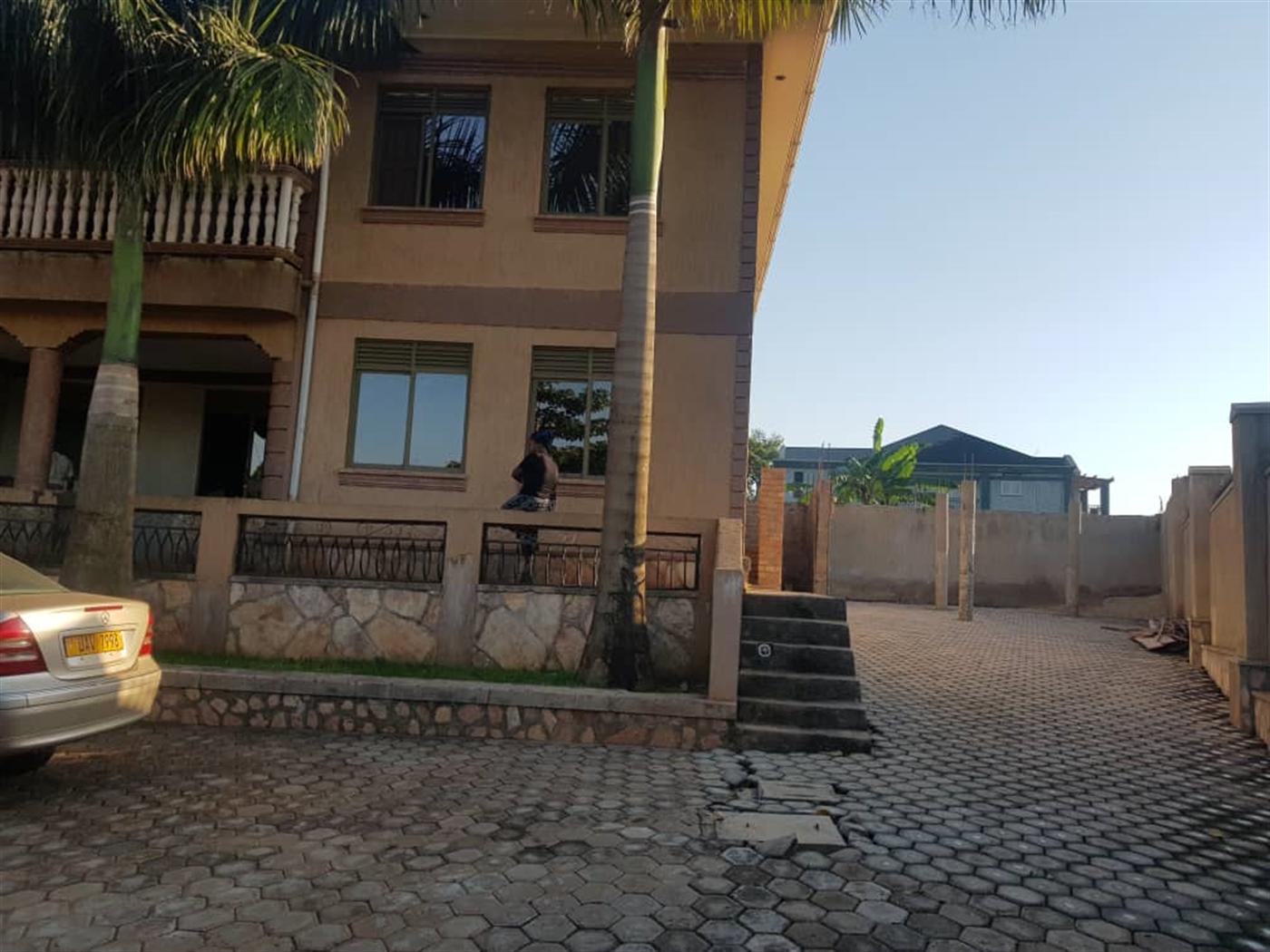 Mansion for sale in Munyonyo Kampala