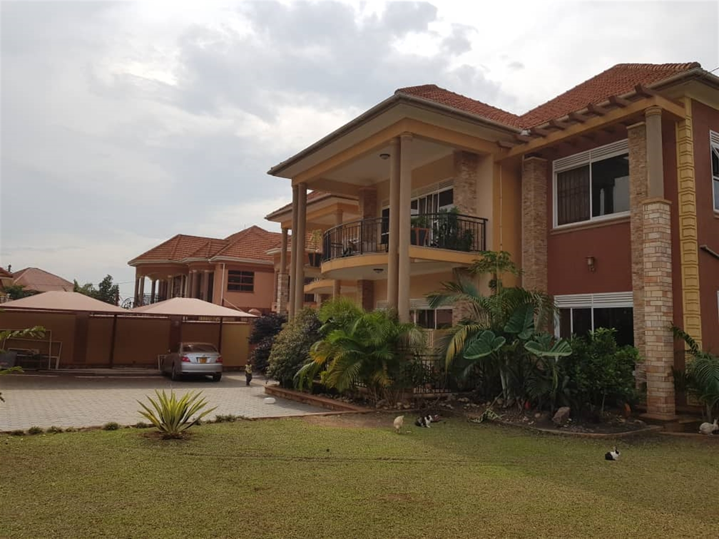 Mansion for sale in Najjeera Kampala
