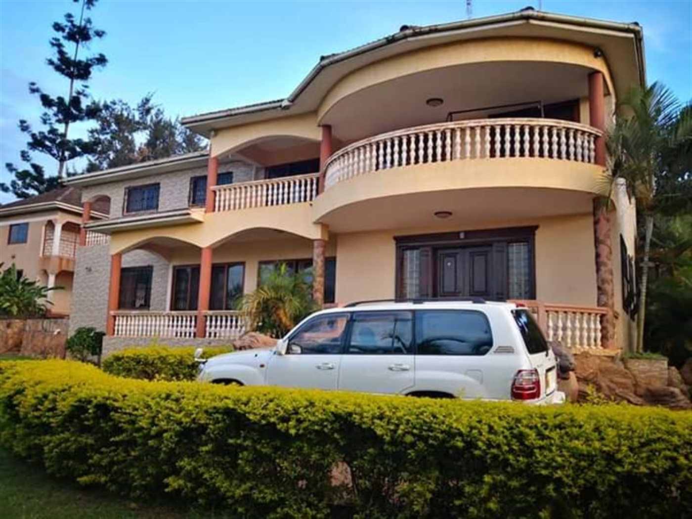 Maisonette for sale in Naguru Kampala
