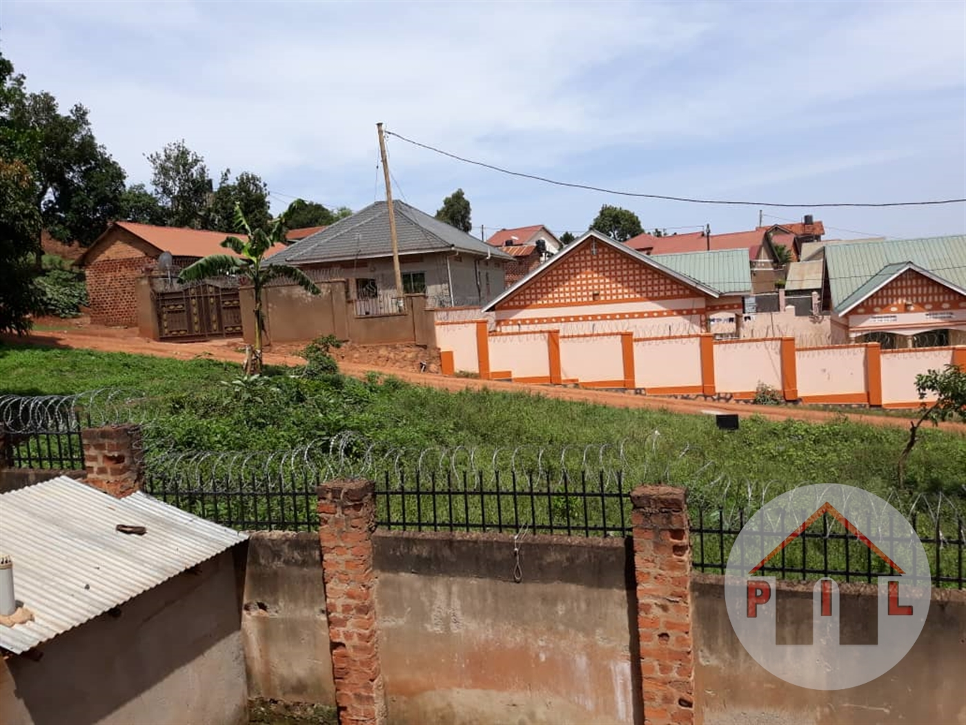 Residential Land for sale in Entebbe express Wakiso