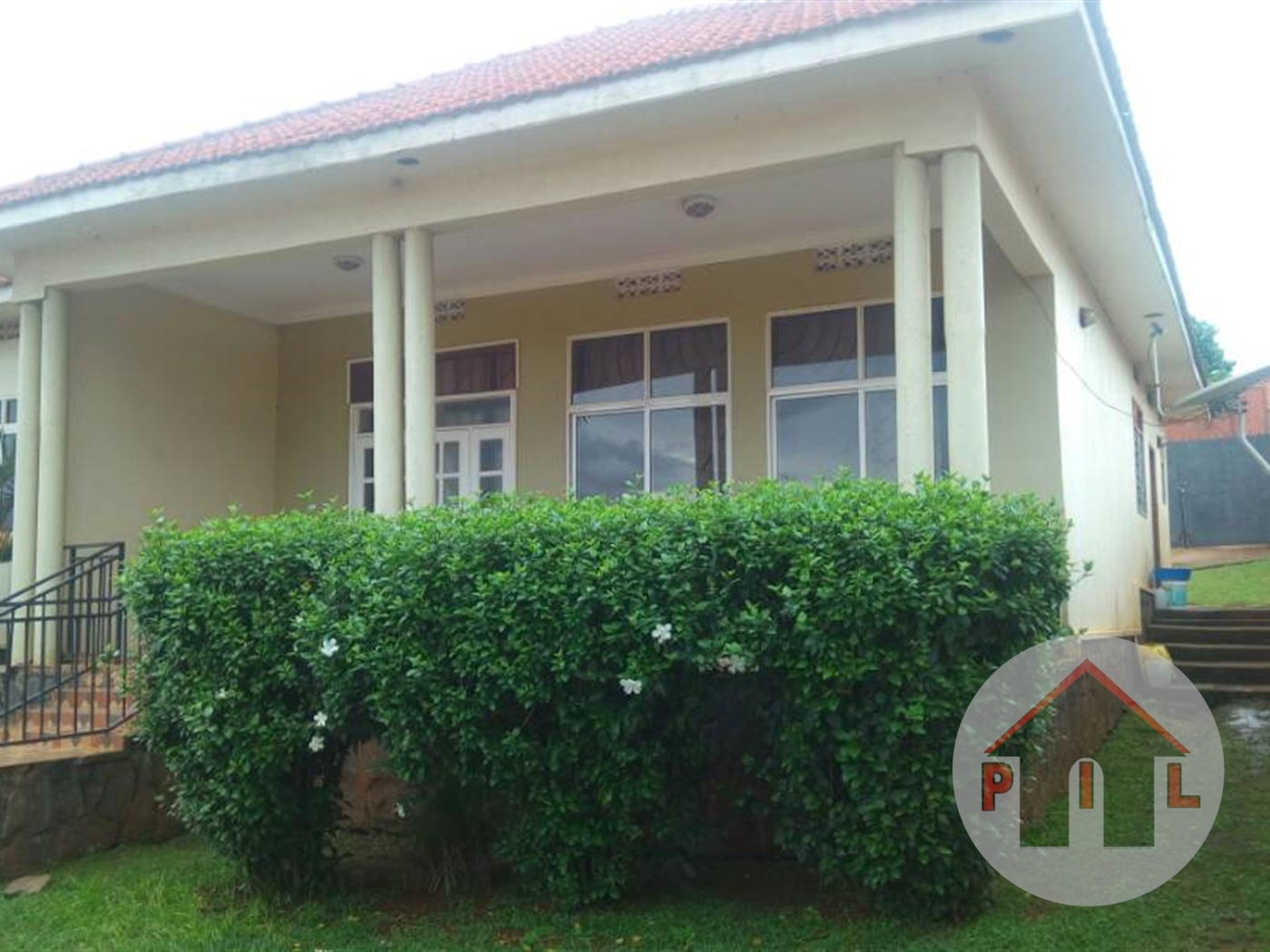 Bungalow for sale in Akright Wakiso