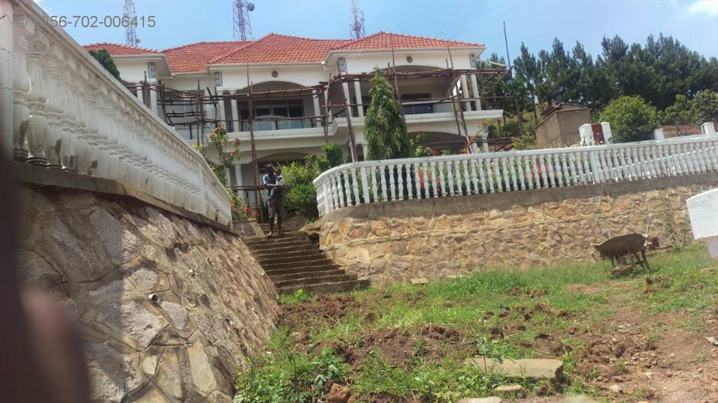 Mansion for sale in Maaya Wakiso