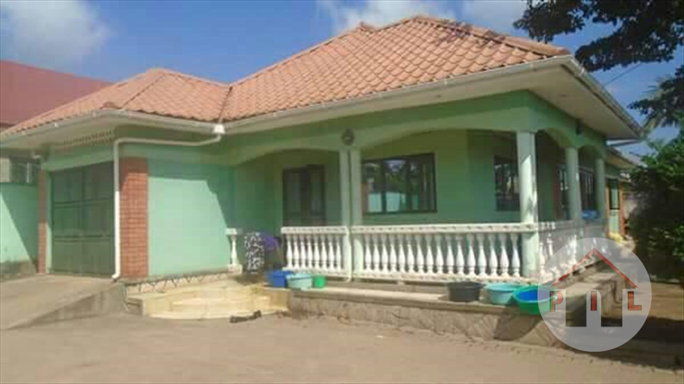 Main image bungalow for sale