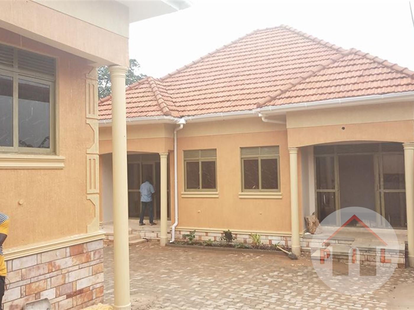 Semi Detached for sale in Najjeera Kampala