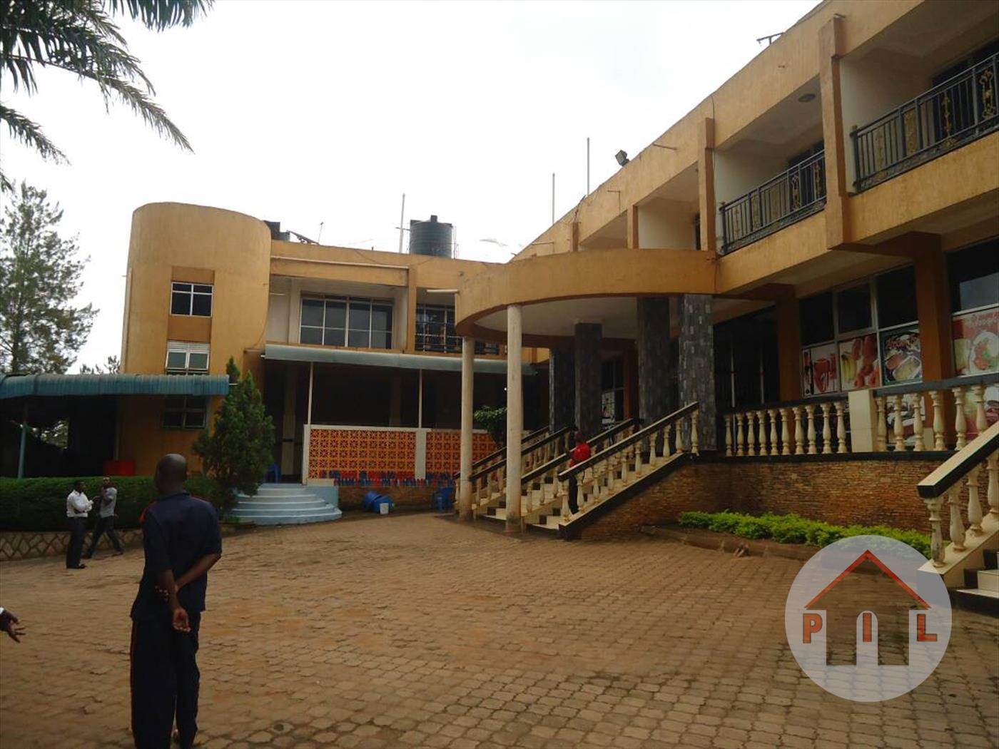 Villa for sale in Entebbe Wakiso