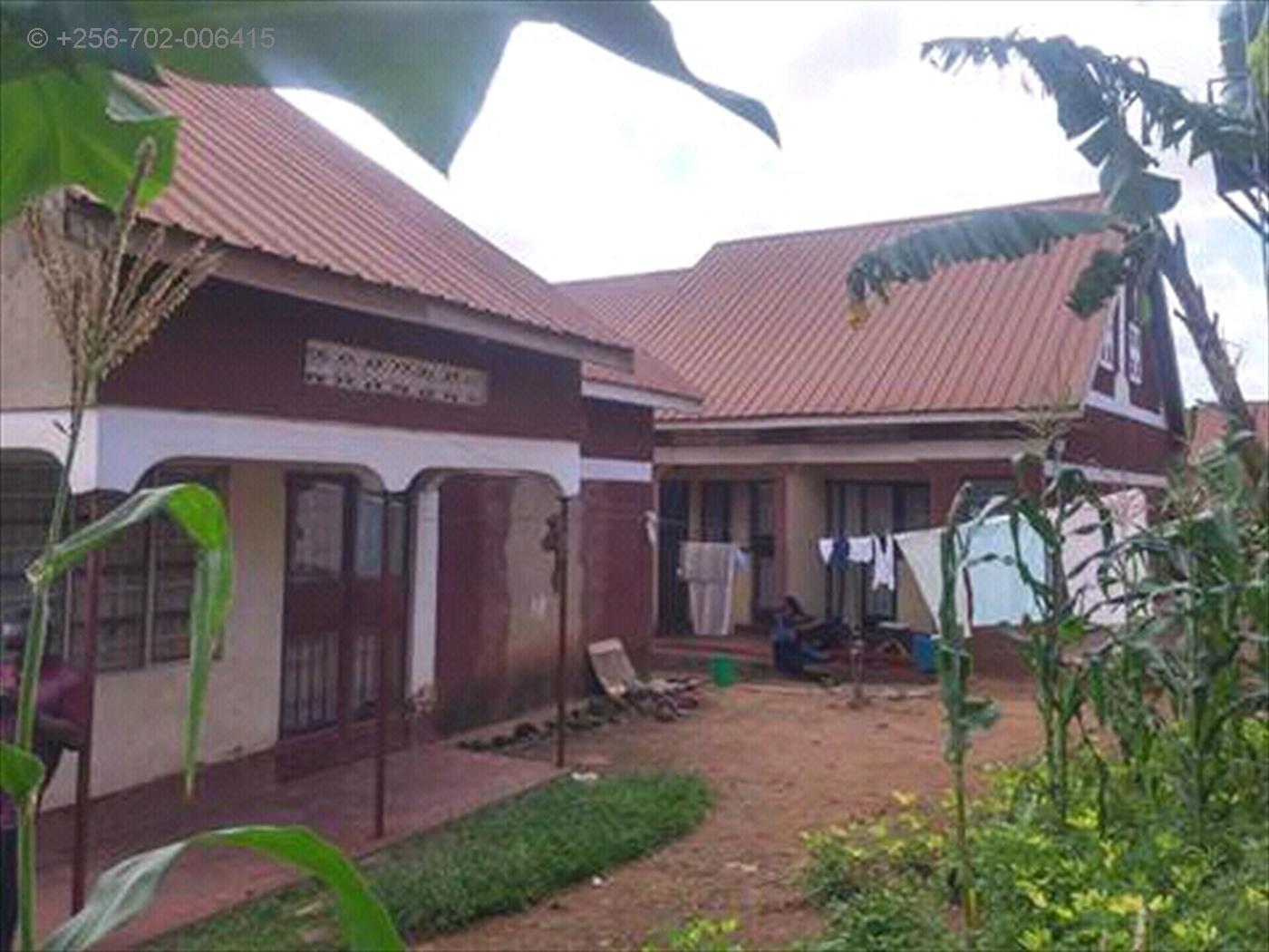 Semi Detached for sale in Makerere Kampala
