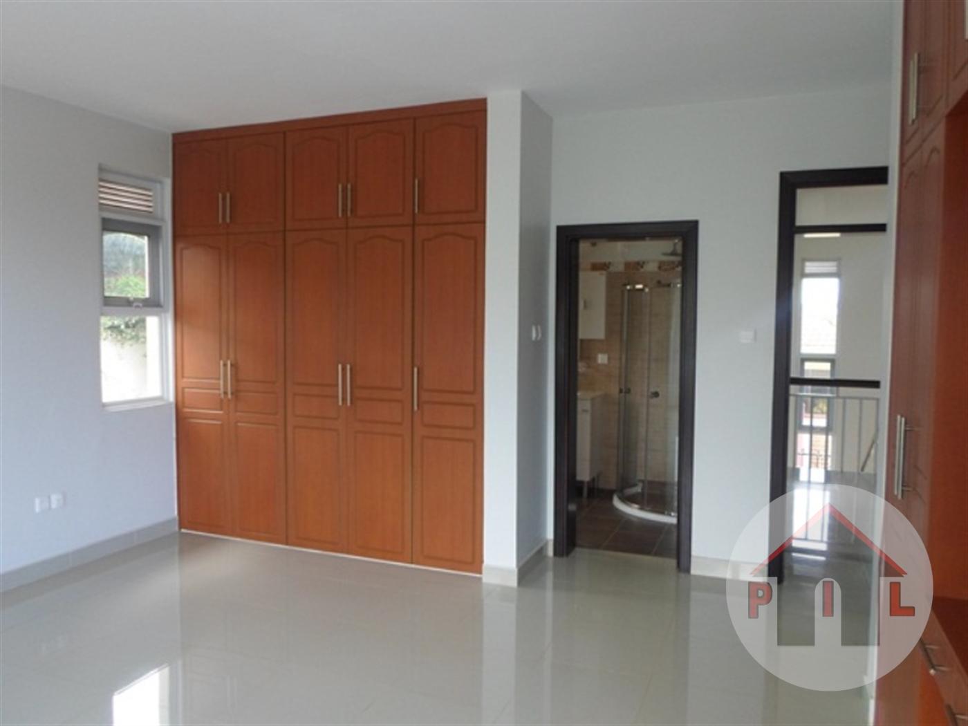 Mansion for sale in Matugga Wakiso