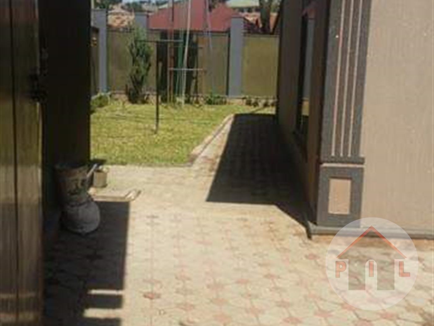 Bungalow for sale in Kansanga Wakiso
