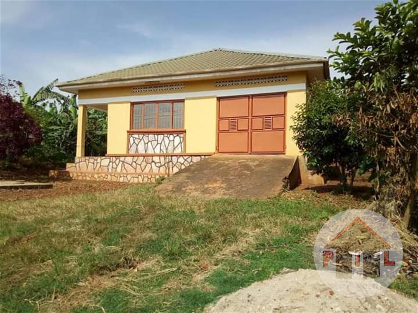 Bungalow for sale in Nansana Wakiso