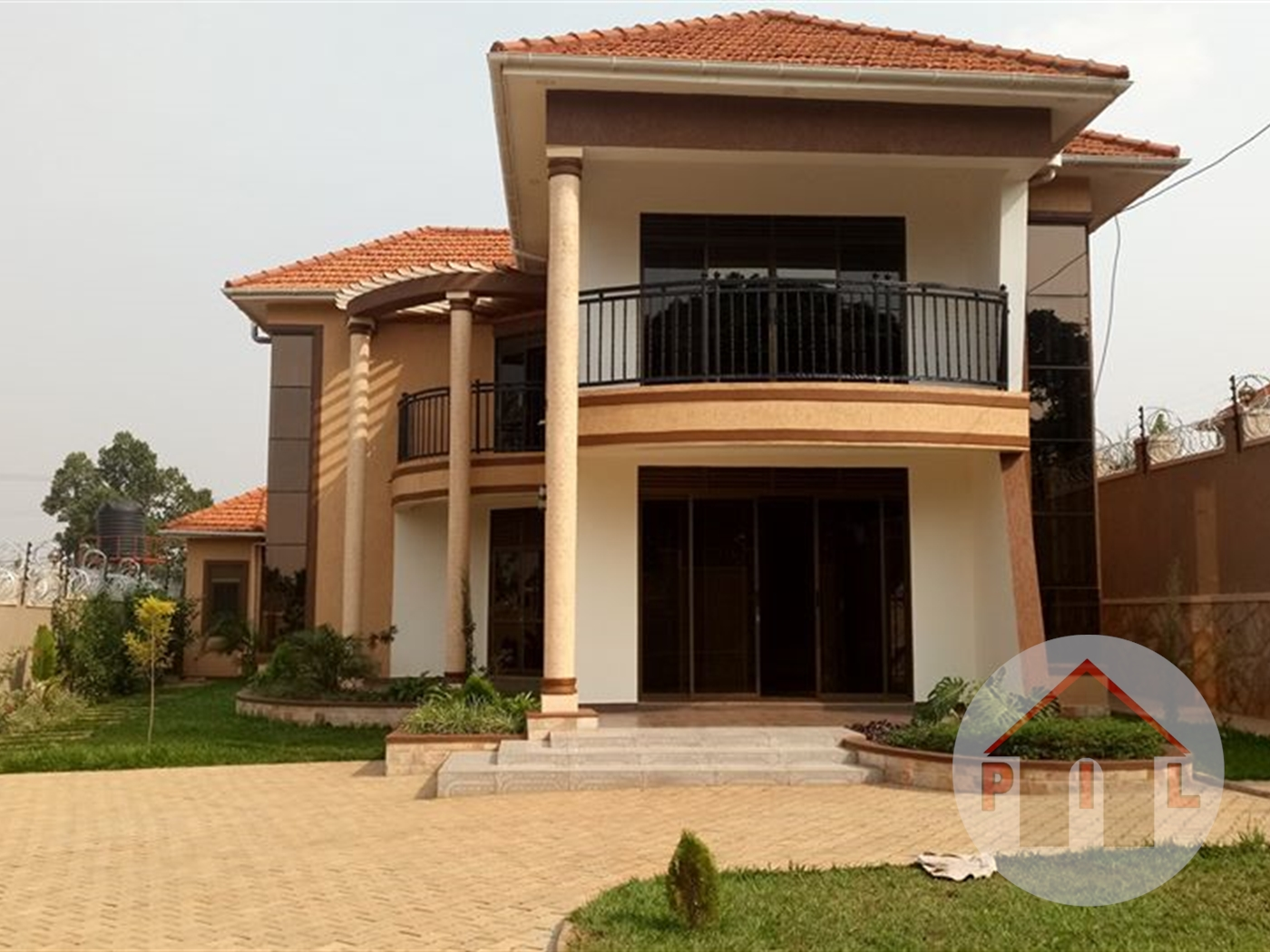 Mansion for sale in Kisaasi Wakiso