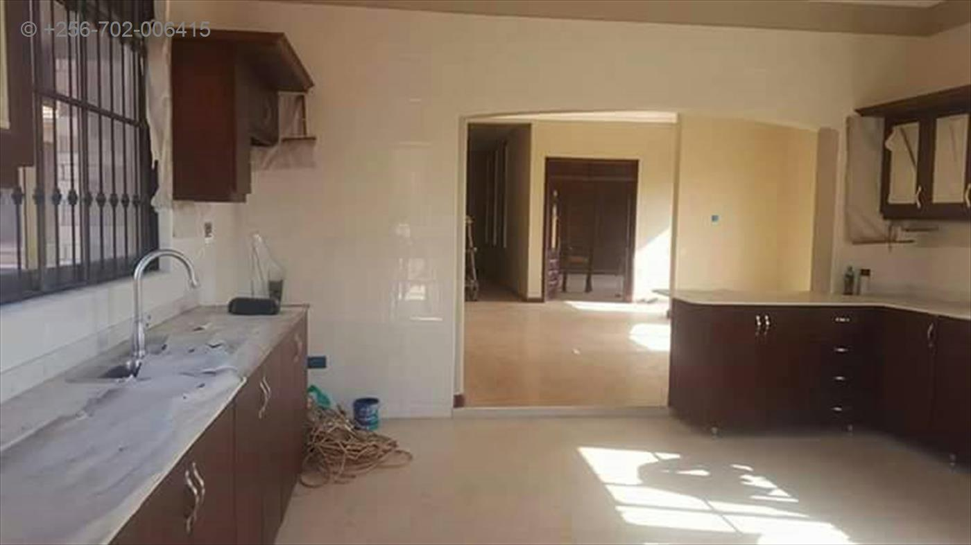 Mansion for sale in Kampala Kampala