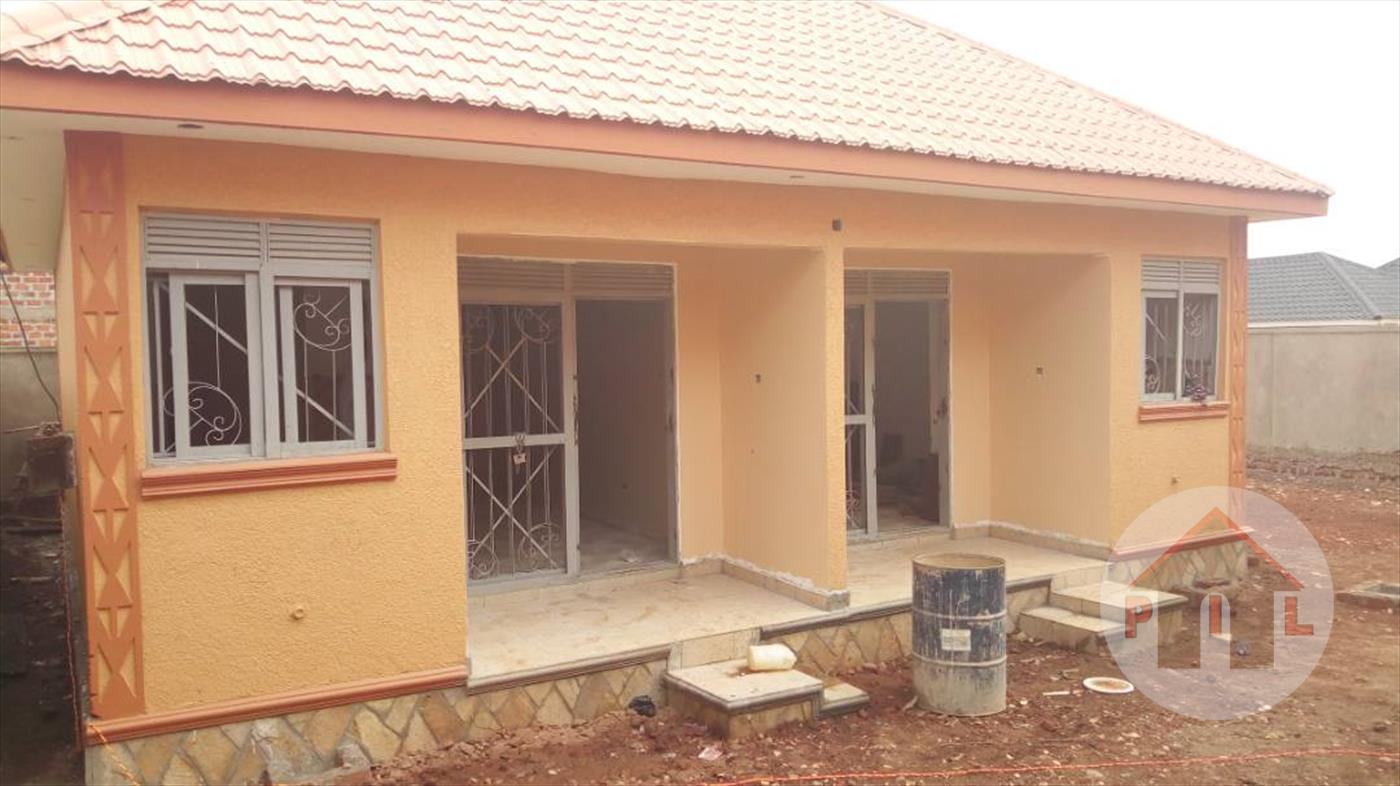 Bungalow for sale in Kyaliwajala Kampala
