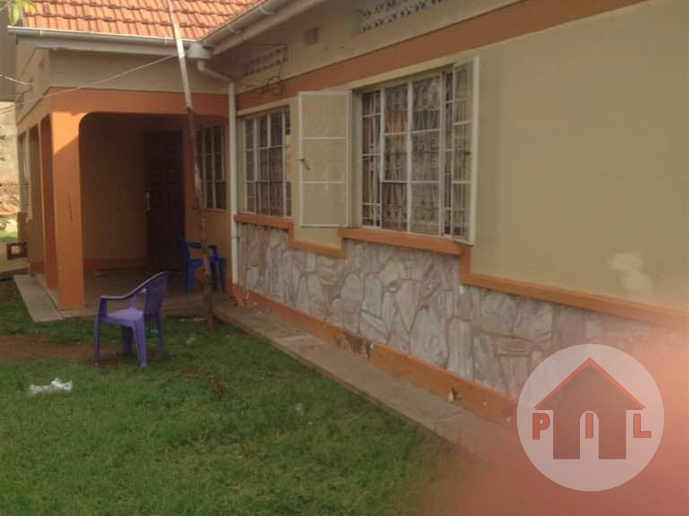Bungalow for sale in Kibuli Kampala