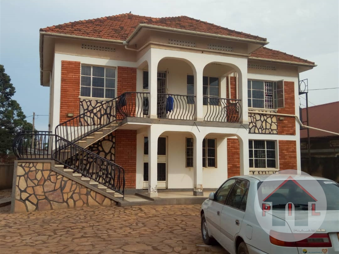Storyed house for sale in Kyengera Wakiso