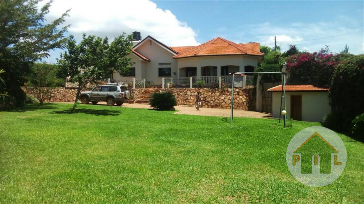 Maisonette for sale in Akright Wakiso