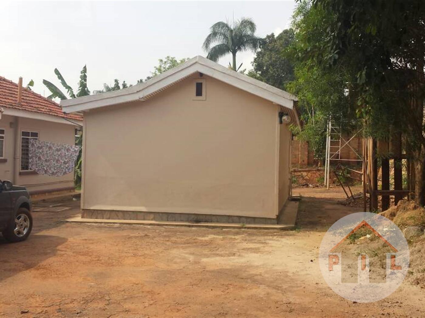 Bungalow for sale in Muyenga Wakiso