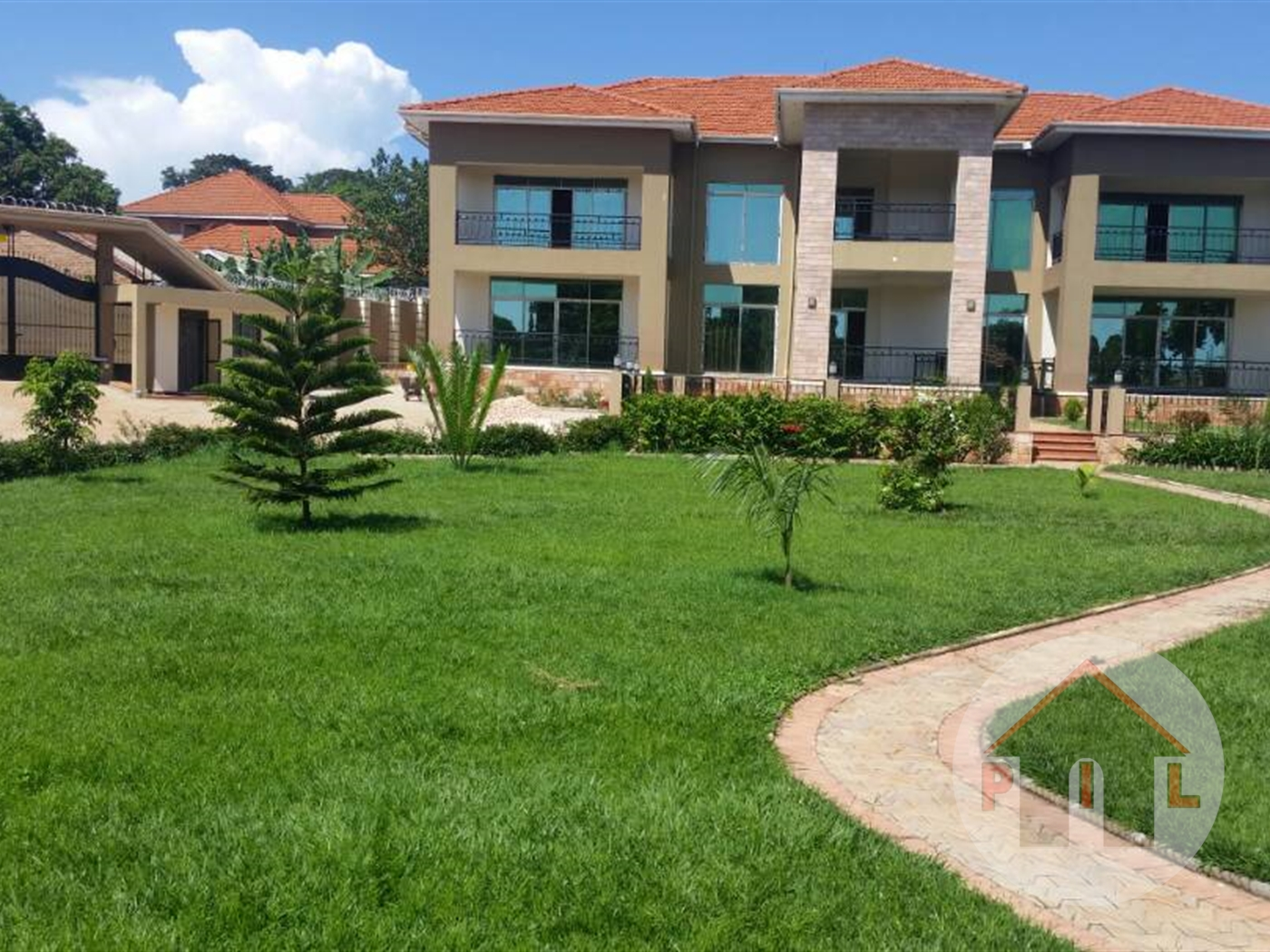 Mansion for sale in Entebbe Wakiso