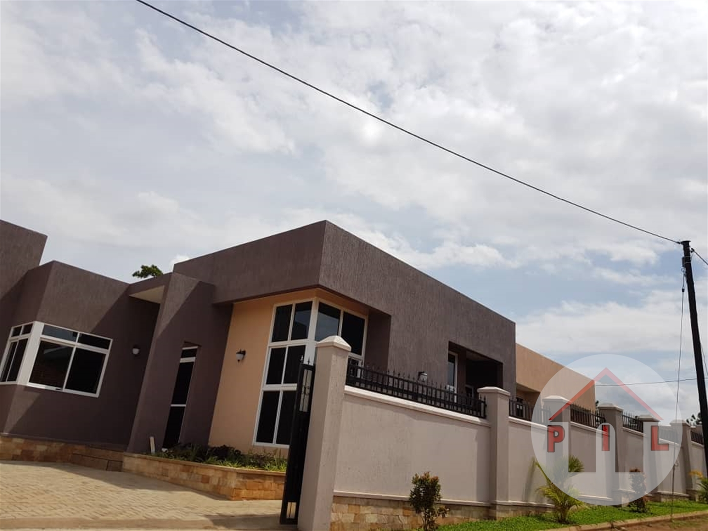 Mansion for sale in kira Wakiso