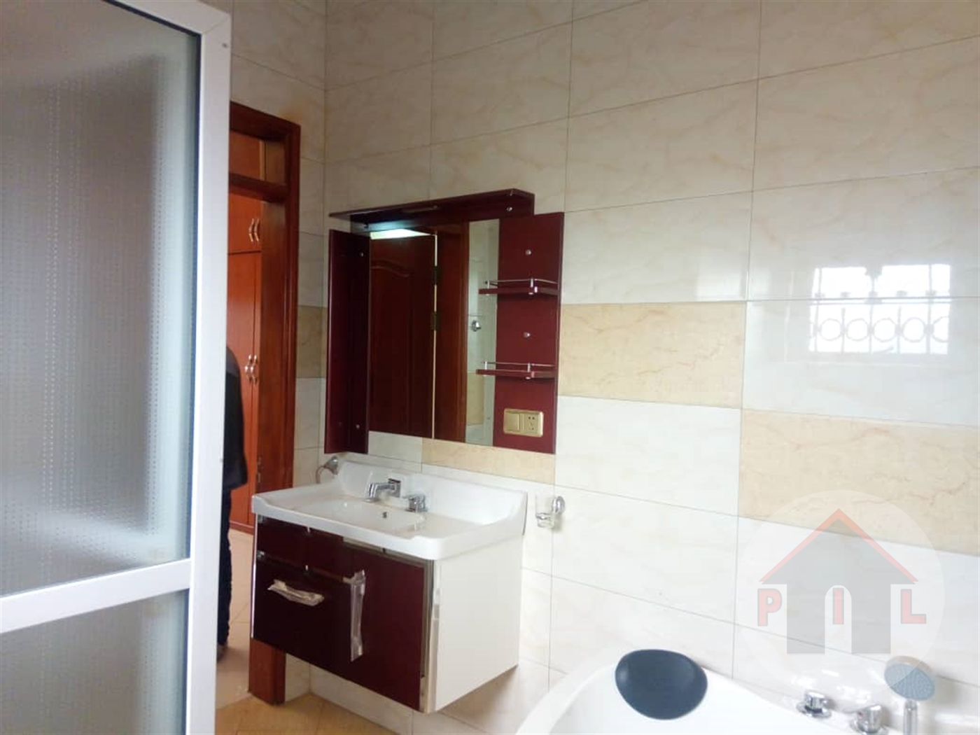 Apartment block for sale in Lubowa Wakiso