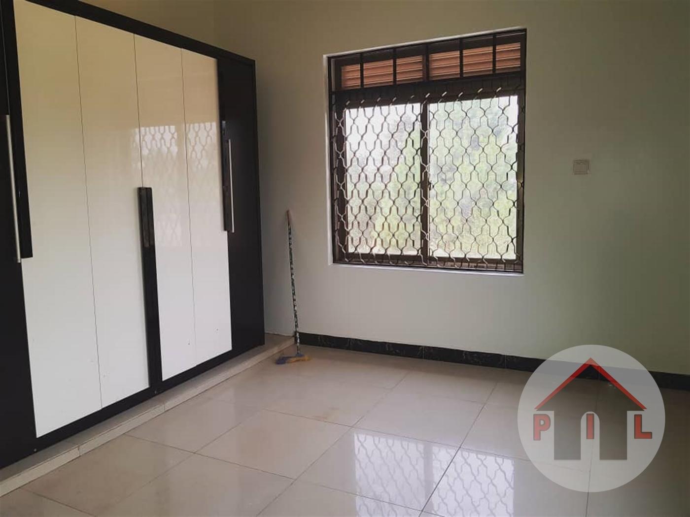 Mansion for sale in Nakwero Wakiso