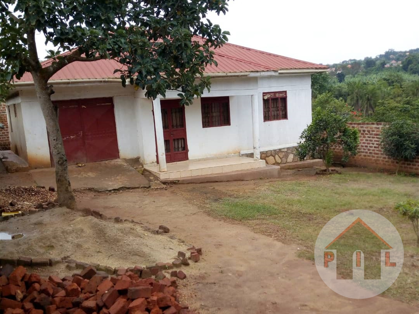 Bungalow for sale in Nabusugwe Wakiso