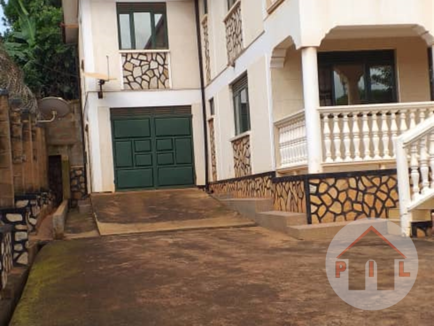 Storyed house for sale in Makerere Kampala