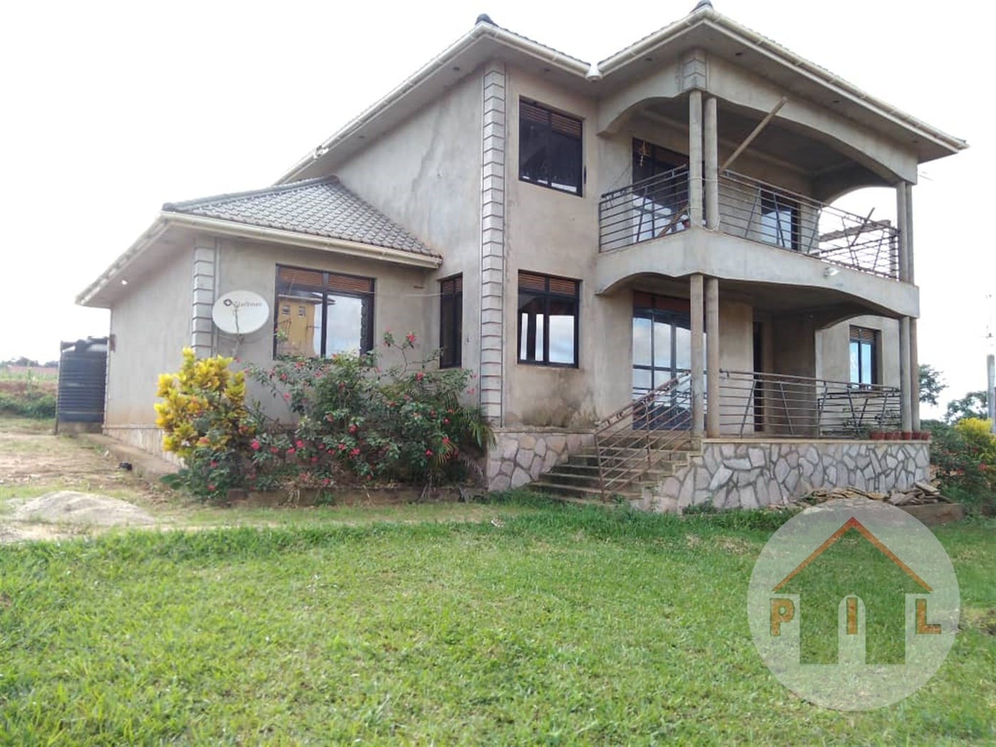 Mansion for sale in Kawuku Wakiso